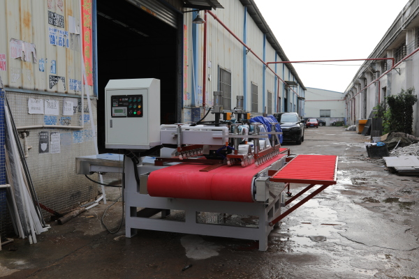 The old customer expanded the production line and ordered a machine again